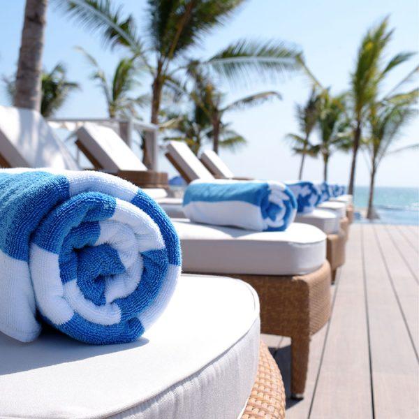 Best Beach Towel – Reviews & Buying Guide
