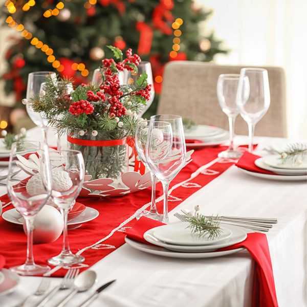 Best Christmas Tablecloth – Reviews & Buying Guide