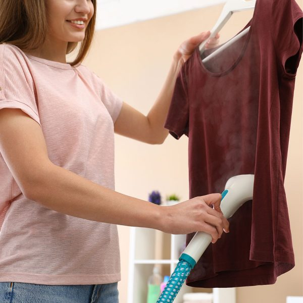 Best Clothes Steamer • Reviews & Buying Guide