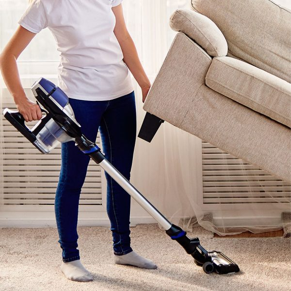 Best Cordless Stick Vacuum – Reviews & Buying Guide