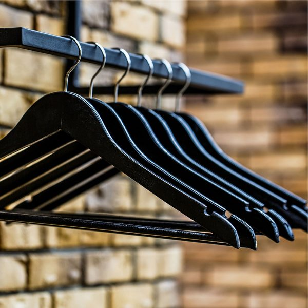 Best Hangers • Reviews & Buying Guide