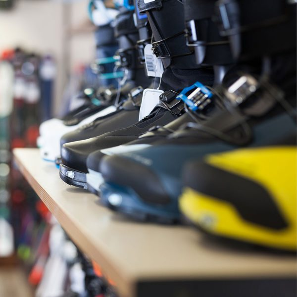 Best Ski Boots Bag – Reviews & Buying Guide