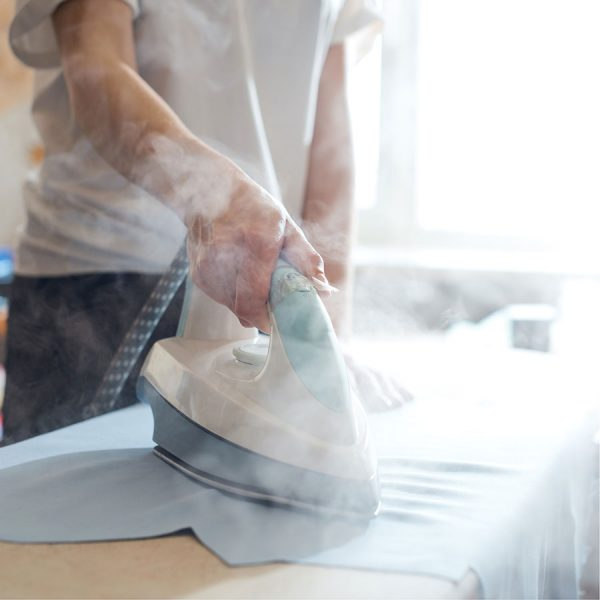 Best Steam Iron • Reviews & Buying Guide