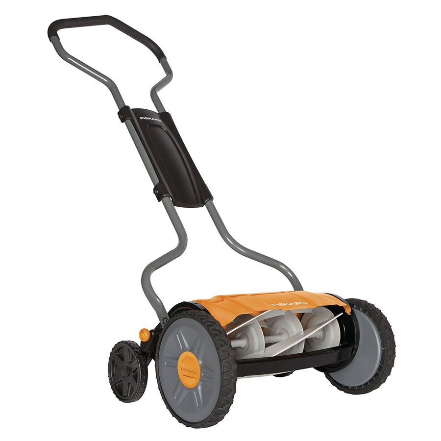 Fiskars 6207 17-Inch StaySharp Plus Reel Lawn Mower
