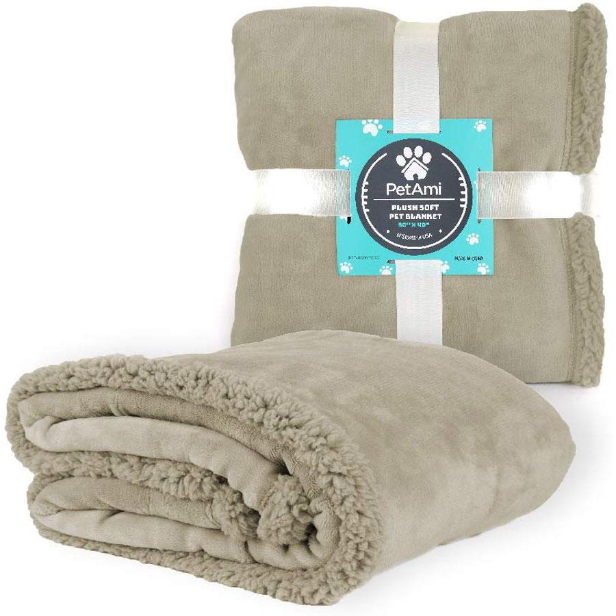 PetAmi Waterproof Sherpa Fleece Dog Blanket